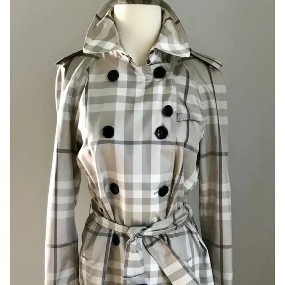 Burberry Jackets & Blazers - NWOT $900 Authentic Burberry Trench